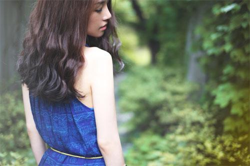 게임 마니아들 사이에서의 ´ost´ 인기에 힘입어 최근 첫 데뷔 앨범을 발표한 루 시에나.