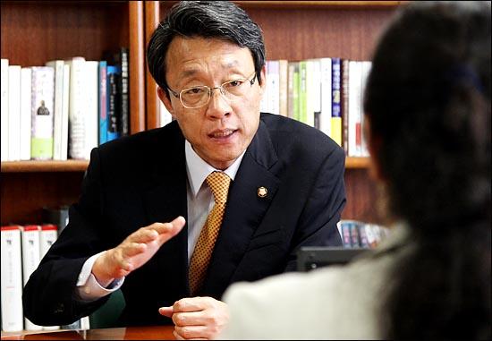 김성식 한나라당 정책위부의장.