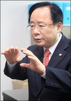 새누리당 원내대표에 출마한 이주영 의원.