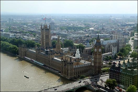런던아이에서 바라본 국회의사당과 웨스트민스터 사원. ⓒ Get About 트래블웹진