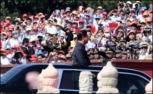 시진핑 중국 국가주석이 3일 오전 중국 베이징 톈안먼에서 열린
