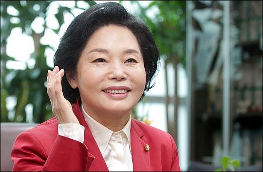 4·13 총선에서 서울 강남 분구 지역에 출마한 류지영 새누리당 의원이 23일 데일리안과 인터뷰에서 19대 국회 소회를 밝히고 있다. ⓒ데일리안 박항구 기자