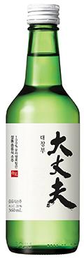 롯데주류가 판매중인 증류식소주 대장부21.ⓒ롯데주류