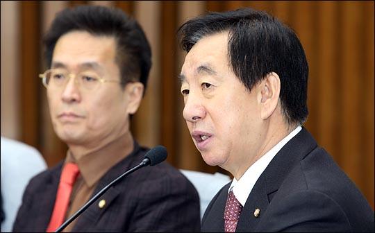김성태 자유한국당 원내대표가 12일 오전 국회에서 열린 원내대책회의에서 이야기 하고 있다. ⓒ데일리안 박항구 기자