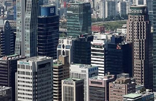 지난해 꾸준한 증가세를 보이던 중·소형 빌딩 거래 거래량이 감소세로 돌아서며 한풀 꺾인 모습이다. 서울의 한 오피스빌딩 밀집지역.(자료사진)ⓒ연합뉴스