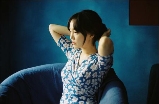 가수 윤하가 5년 5개월 만에 정규앨범