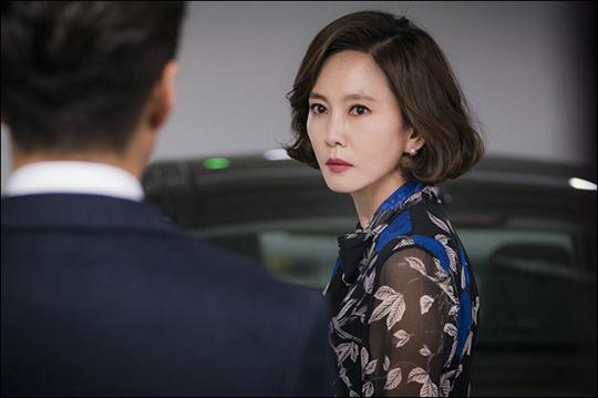 배우 김남주가 내달 2일 시작하는 JTBC