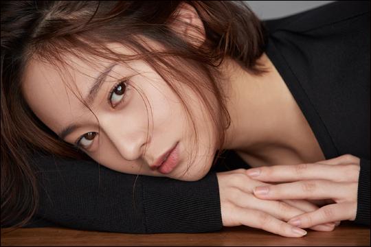 """가수 겸 연기자 정수정은 """"tvN"""