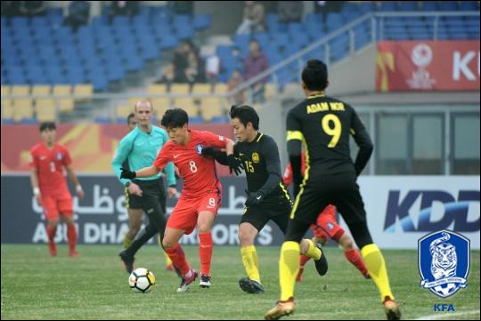 한승규의 골로 가까스로 승리한 김봉길호. ⓒ 대한축구협회