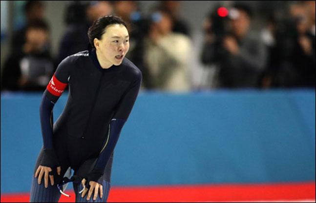 극적으로 평창올림픽 출전권을 획득한 노선영. ⓒ 연합뉴스