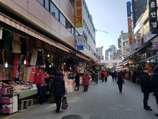 설 연휴를 앞둔 12일 서울 남대문 시장의 모습. ⓒ데일리안