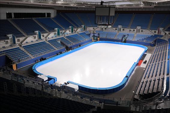 강원도 강릉 2018 평창동계올림픽 실내경기장인 아이스 아레나에서 마무리 공사가 진행되고 있다. ⓒ데일리안 홍금표 기자