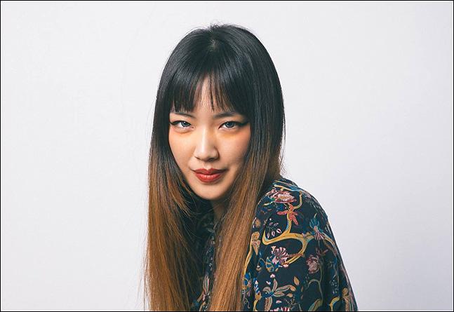 가수 제야는