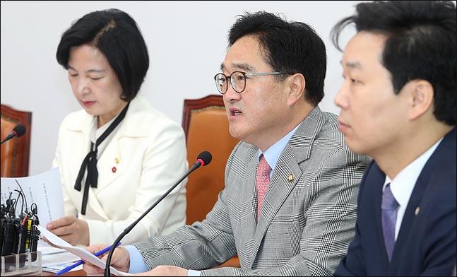 우원식 더불어민주당 원내대표가 13일 오전 국회에서 열린 최고위원회의에서 이야기 하고 있다. ⓒ데일리안 박항구 기자