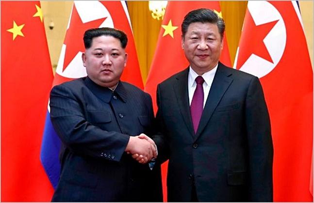 김정은 북한 국무위원장과 시진핑(習近平) 중국 국가 주석의 비밀회동 이후 북중 관계가 급물살을 타는 모습이다.(자료사진) ⓒ중국 신화망 화면 캡처