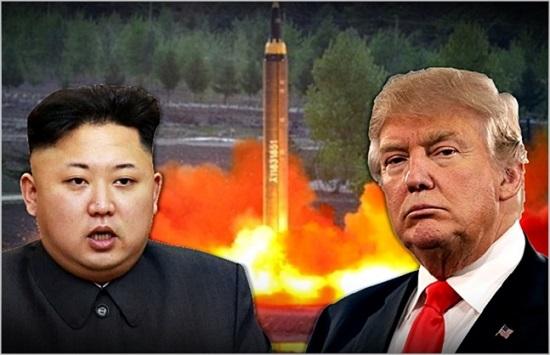 미국 도널드 트럼프(오른쪽) 대통령과 김정은 북한 국무위원장. ⓒ데일리안