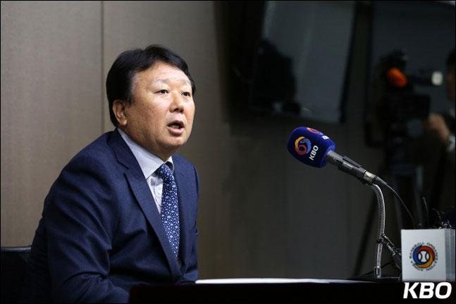 선동열 감독이 사이드암 심창민이 대표팀에서 탈락한 이유를 설명했다. ⓒ KBO