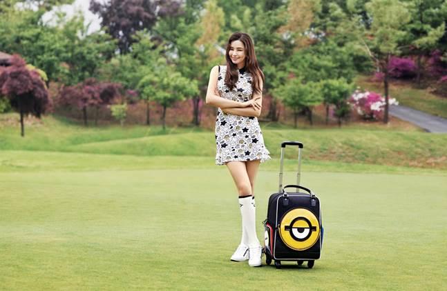 골프웨어 업계가 젊은 소비자와의 접점 확대를 위한 이색 마케팅에 나서고 있다. 까스텔바작 미니언즈 컬렉션. ⓒ까스텔바작
