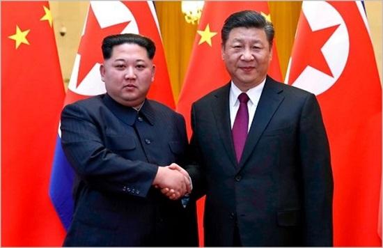 김정은 북한 국무위원장이 19일 중국 방문에 나서면서 표면적으로는