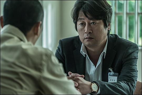 배우 김윤석이 출연하는