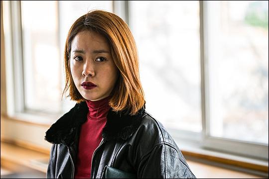 배우 한지민 주연의