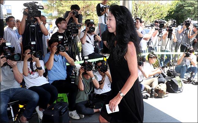 배우 김부선이 악플러에 대한 강경대응에 나섰다. ⓒ 데일리안 박항구 기자
