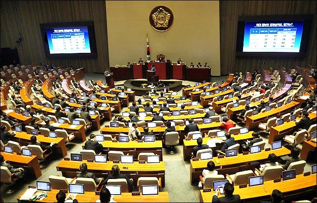 13일 열린 국회 본회의에서 정치에 관한 대정부 질문이 진행되고 있다.  ⓒ데일리안 박항구 기자