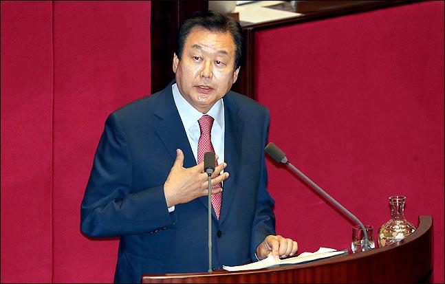 김무성 자유한국당 전 대표최고위원이 13일 국회 본회의장에서 대정부질문을 하고 있다. ⓒ데일리안 박항구 기자