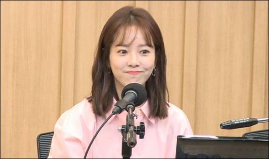 배우 한지민이 로션을 바르지 않아 주름이 생겼다고 말해 관심을 모으고 있다. ⓒ SBS