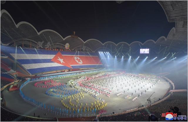 김정은 북한 국무위원장과 미겔 디아스카넬 쿠바 국가평의회 의장이 지난 5일 북한 평양