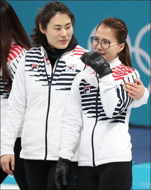 김민정 감독(왼쪽)과 김은정. ⓒ 연합뉴스