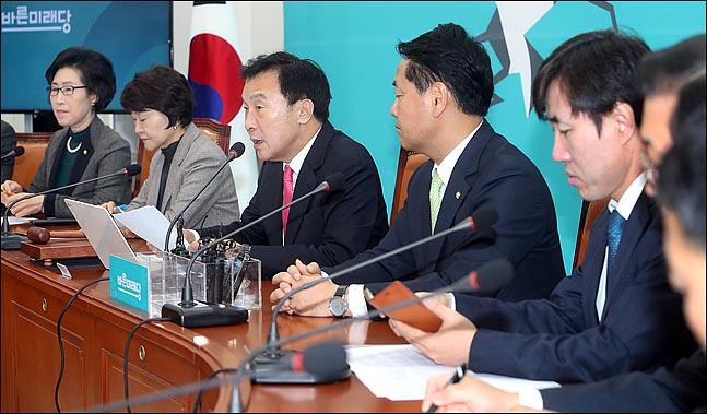 손학규 바른미래당 대표가 9일 오전 국회에서 열린 최고위원회의에서 모두발언을 하고 있다. ⓒ데일리안 박항구 기자