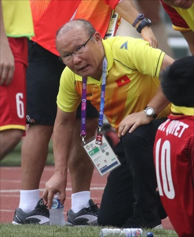 박항서 감독이 이끄는 베트남이 10년 만에 스즈키컵 우승에 도전한다. ⓒ 연합뉴스