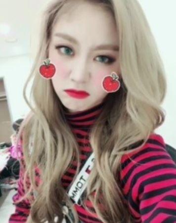 그룹 러블리즈 멤버 서지수의 매력적인 미모가 공개됐다. ⓒ 러블리즈 SNS