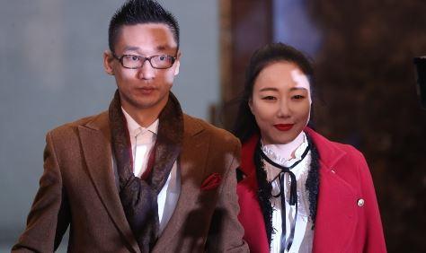 낸시랭과 이혼소송 중인 왕진진(전준주)이 유흥업소 직원과 시비가 붙어 경찰에 입건됐다. ⓒ 연합뉴스