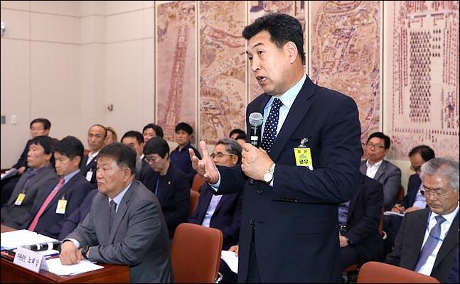 전 대한빙상연맹 부회장인 전명규 한국체육대 교수 측이 빙상 코치 성폭행 폭로를 막기 위해 수개월간 조직적 압박을 가했다는 의혹이 제기됐다. ⓒ 데일리안 박항구 기자