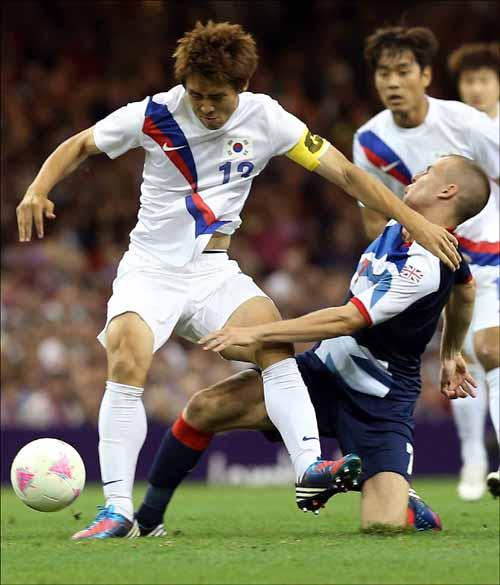 런던올림픽 동메달 결정전에서 일본을 상대로 맹활약을 펼친 구자철. ⓒ 연합뉴스