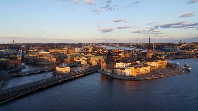 스웨덴은 부자나 가난한 사람이 아니라 평범한 중산층이 살기 가장 좋은 나라이고, 스웨덴 정부는 부자나 가난한 사람이 아니라 중산층을 만들기 위한 사회 시스템을 갖추고 있다.ⓒ사진 이석원