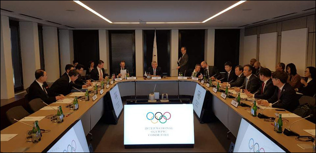 남, 북, IOC 3자회담. ⓒ 대한체육회
