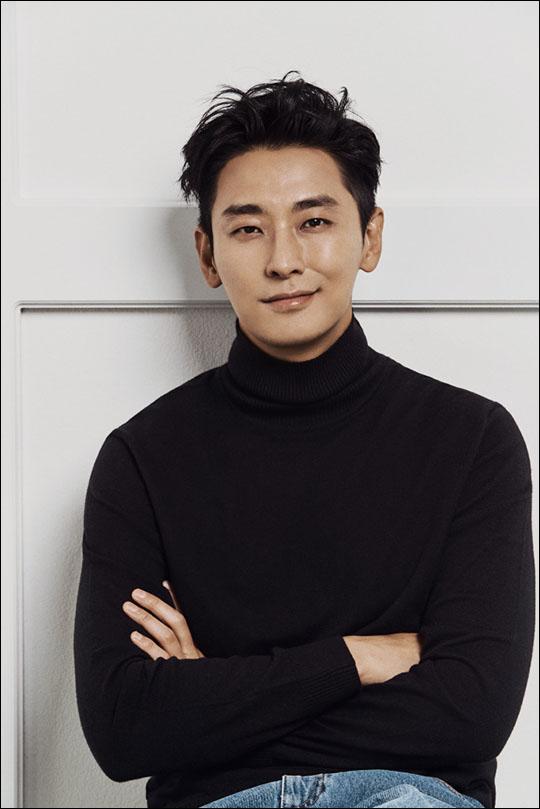 배우 주지훈이 국내를 넘어 세계 무대에서도 전성시대를 열어가고 있다. ⓒ 넷플릭스