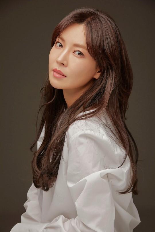 배우 김소연이 KBS2 새 주말드라마