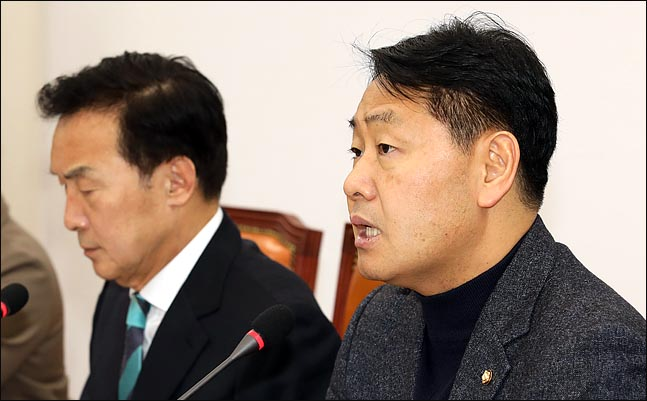 김관영 바른미래당 원내대표가 8일 오전 국회에서 열린 최고위원회의에서 발언을 하고 있다.(자료사진)ⓒ데일리안 박항구 기자