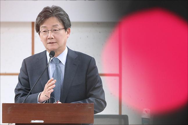 유승민 바른미래당 전 공동대표가 지난해 5월 국회 의원회관에서 열린 바른미래당