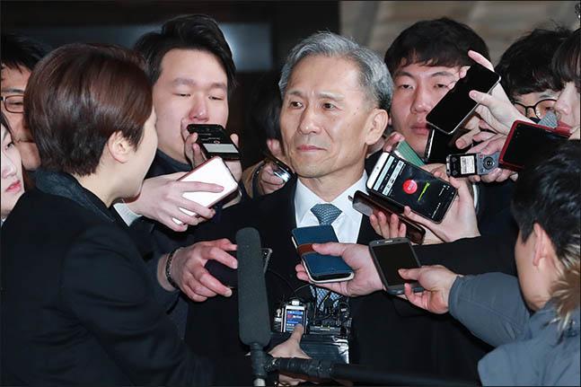 김관진 전 국가안보실장이 지난해 2월 표적수사를 당함에 따라 서울중앙지방검찰청에 출석하고 있다(자료사진). ⓒ데일리안