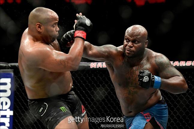[UFC]데릭 루이스가 산토스전(10일)을 앞두고 은가누를 언급했다. ⓒ 게티이미지