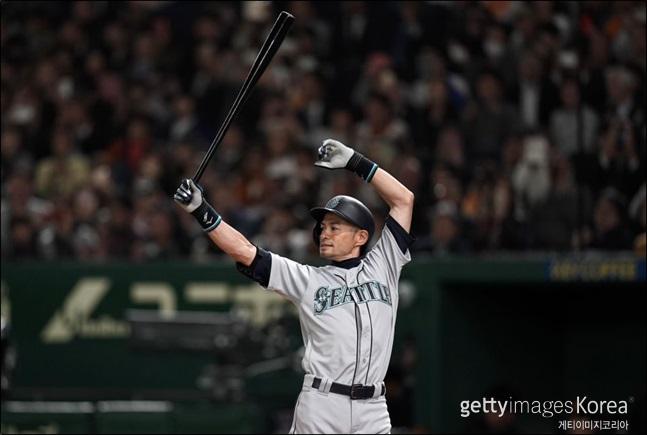 이치로는 만 45세 149일로 역대 7번째 MLB 개막전 최고령 출전선수로 이름을 올리게 됐다. ⓒ 게티이미지