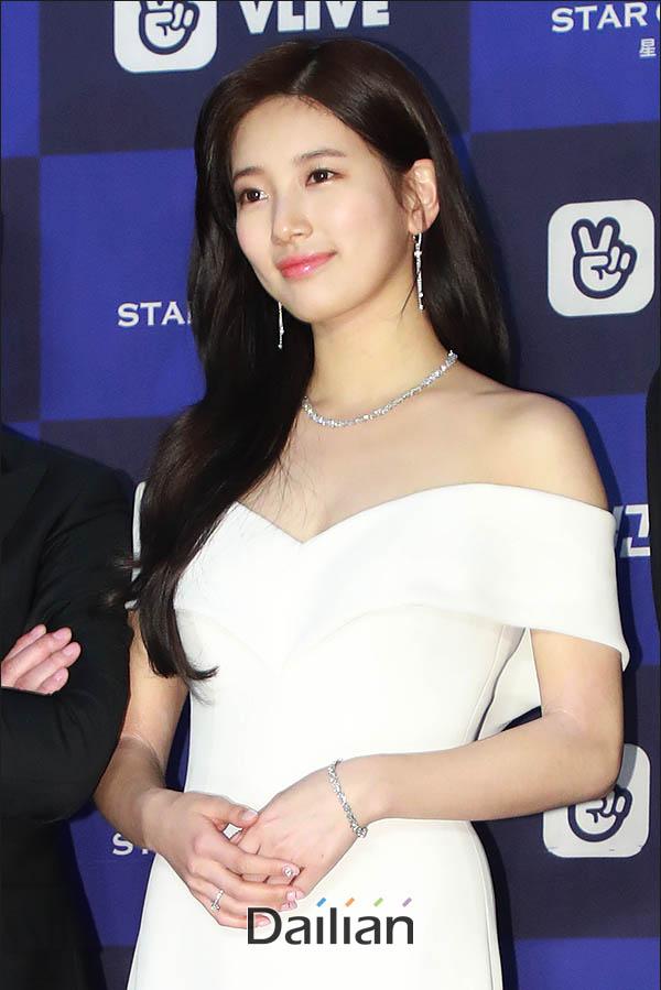 배우 겸 가수 수지가 JYP엔터테인먼트와 결별한다. ⓒ 데일리안 류영주 기자