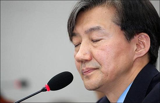 인사검증 논란에 휩싸인 조국 청와대 민정수석(사진)이