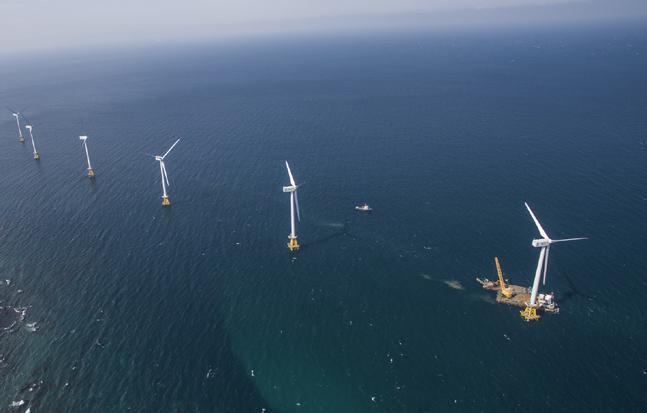두산중공업이 제주시 한경면 해상에 설치한 30MW급 탐라해상풍력발전단지.ⓒ두산중공업