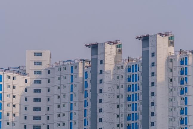 최근 전반적으로 위축된 지방 부동산 시장에서 대전 부동산 시장의 불씨가 되살아 나는 모습이다. 사진은 대전의 한 아파트 단지 모습. ⓒ게티이미뱅크